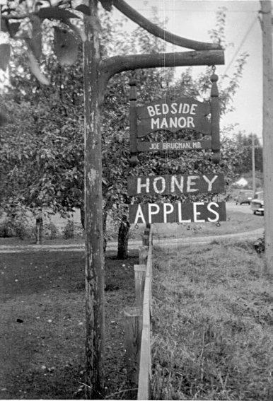 Bedside Manor Sign